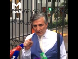 Адвокат Михаила Ефремова заявил, что актер хотел оказаться в СИЗО.