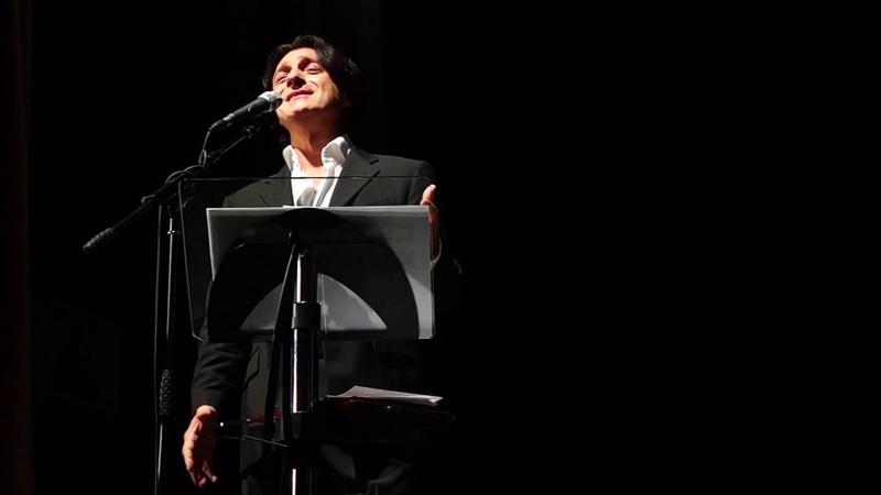 Эвклид Кюрдзидис и солист Валерий Кучеренко поют и читают стихи о любви в Ревде, Ri-tv