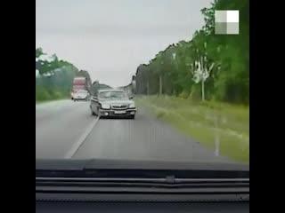 Видео смертельного ДТП на трассе Екатеринбург-Тюмень, где водитель Волги пошел на обгон
