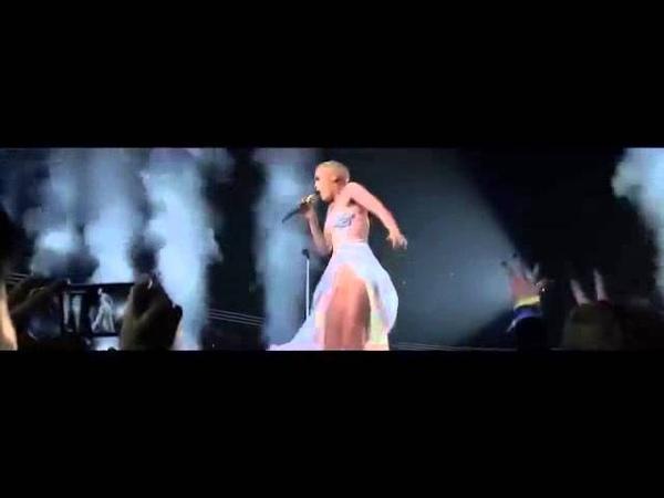Jessie J - Breathe (Alive Tour) HD