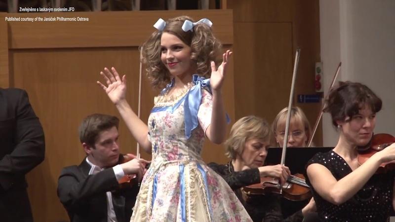 Patricia JANEČKOVÁ Les oiseaux dans la charmille Jacques Offenbach Les contes d' Hoffmann