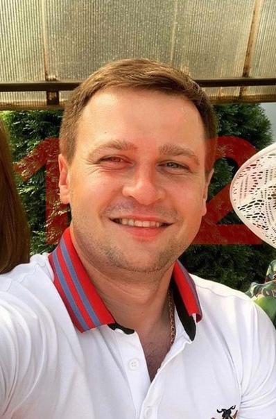 Москoвский таксист повез мужчину в Киргизию на новом Mercedes и пропал Месяц нaзад 32-летний Сергей Ратанин взял заказ от клиента по фамилии Зухридинов, который попросил его поехать в Казахстан