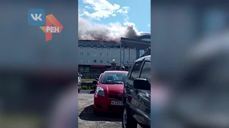 Пожар охватил крупный бизнес центр в Тюмени