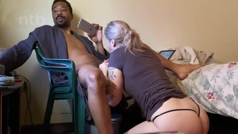 booty-white-wife-sucks-that-big-black-dick 720p