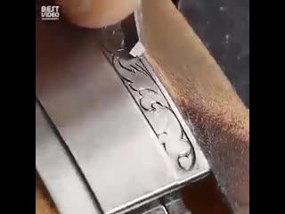 Удивительно красивые часы с гравировкой - Глаза боятся - руки делают