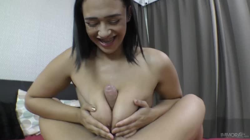 Emori Pleezer (Thick and Juicy Emori Pleezer Goes Wild in a POV scene you have to see to believe - Porno, Porn, Порно, Sex