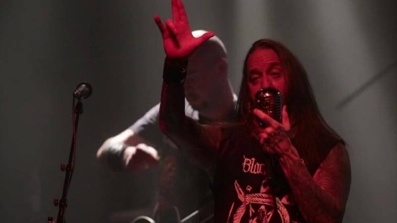 Devildriver - Alive Raw Live In Berlin (Full HD)