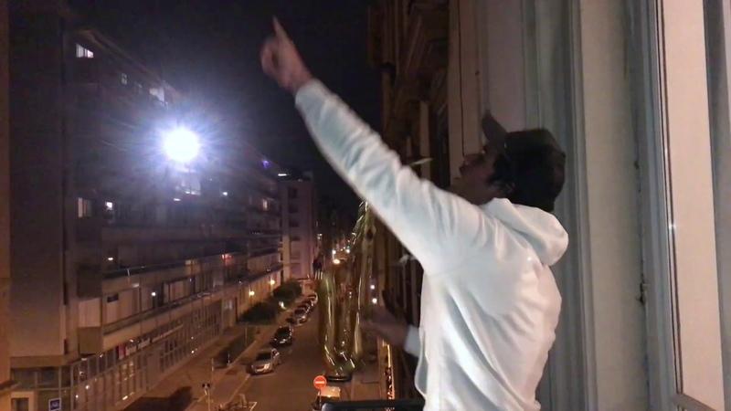 Sandy Sax Balcony live for Hospital staff