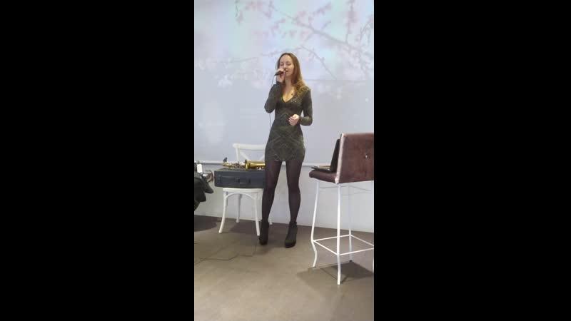 Виолетта Орлова Новогодняя песня Гости из будущего cover