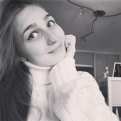 Аня Антипова