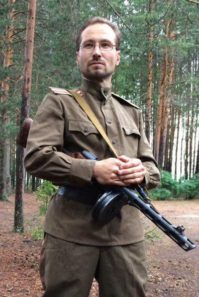 Михаил Шарин