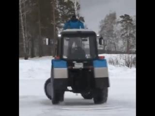 Русский Дрифт на тракторе