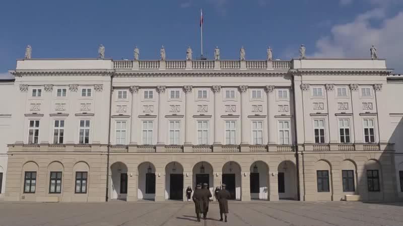 Gaszą pożary, ratują życie. W Pałacu Prezydenckim odbył się pokaz ratownictwa pr ( 720 X 1280 ).mp4