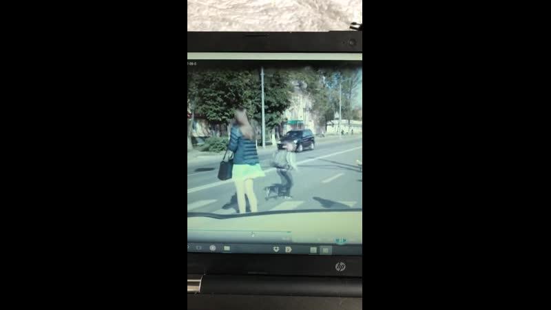 Во Владимире школьник едва не стал жертвой торопливого таксиста