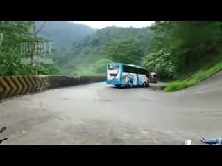 Дорожный инцидент в Таиланде