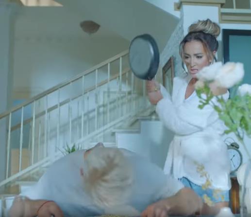 Ольга Бузова за пару часов набрала 400 тысяч просмотров своего нового клипа!
