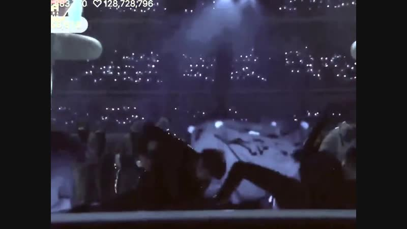 When Hopekook invented dancing and avoided contact throughout this whole thing as if Kook