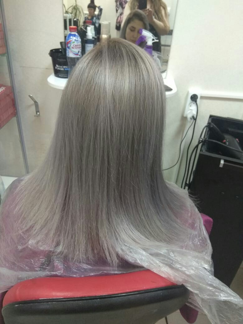 Весь июнь акция на кератиновое выпрямление и БОТОКС волос любой длины, цена - 1000р.