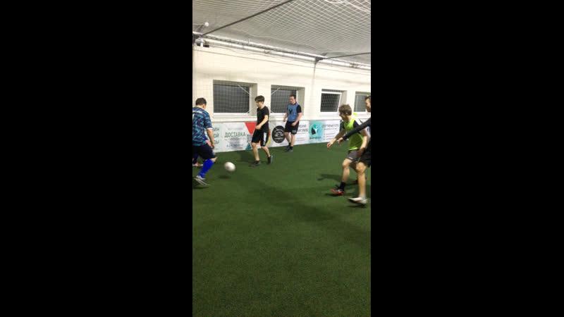 Live Кристалл Тренировки по футболу в Сестрорецке