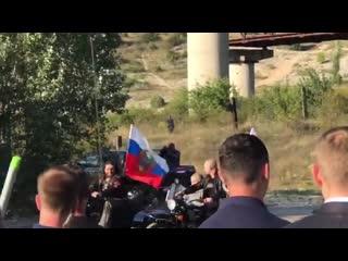 Путин приехал на байк-шоу