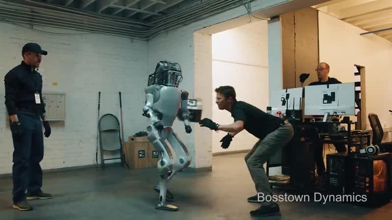 Adamın TİLLAHI - Bu robot size ne yaptı