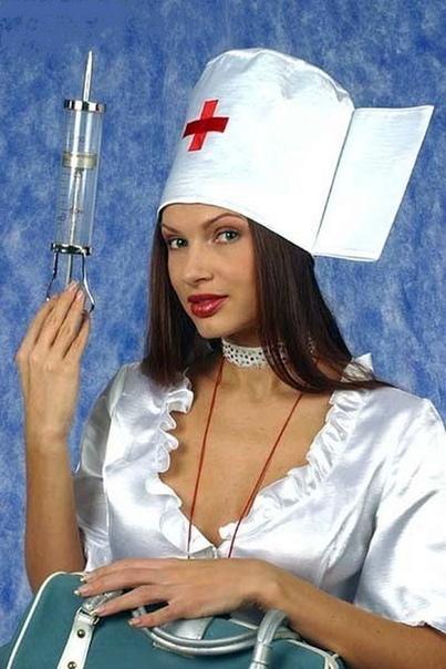 А вы заметили, что так мало маньяков женщин На самом деле они никогда не попадаются, потому что устраиваются медсестрами и убивают пациентов незаметно. Про это рассказала психолог Вероника