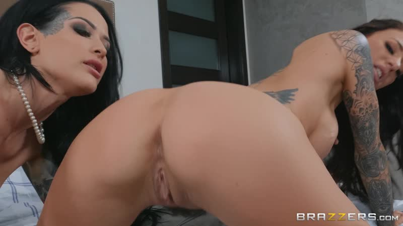 Shes Not What She Seems: Part 1: Gia Dimarco Katrina Jade by Brazzers 6. 06 Full HD 1080p, Lesbian, Porno,