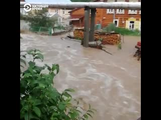 Масштабное наводнение на Урале