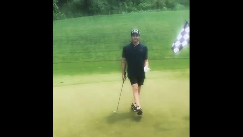 Слай играет в гольф (Инстаграм Фрэнка Сталлоне) (Часть 3)