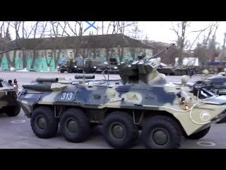 Вальс на БТР в День морской пехоты на Балтийском флоте