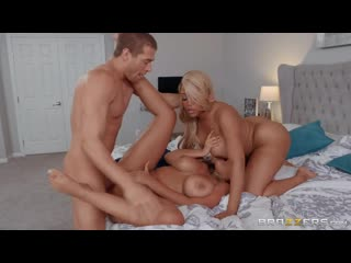 Bridgette B and Moriah Mills - Moriahs Wedding Shower [All Sex, Hardcore, Blowjob, Threesome]