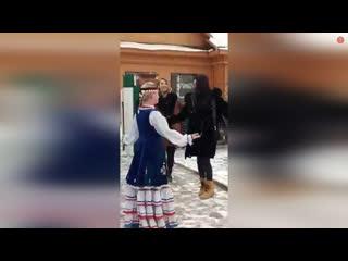 Собчак и Алсу. Башкирские танцы