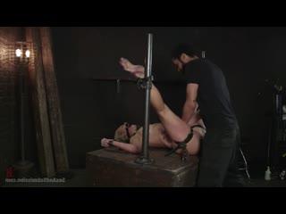испытала унижение в подсобке Cherie Deville [BDSM, Domination. p