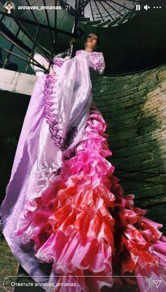 Блогершу выгнали из церкви в день ее свадьбы в Пет...
