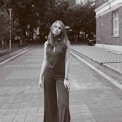 Лиза Запорожец