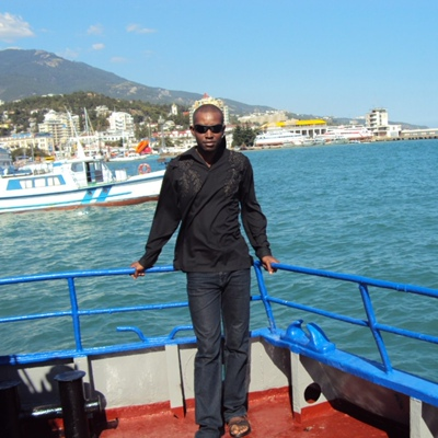 Chris, 34, Banjul