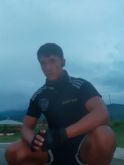 Juan Canahuire-Velasquez