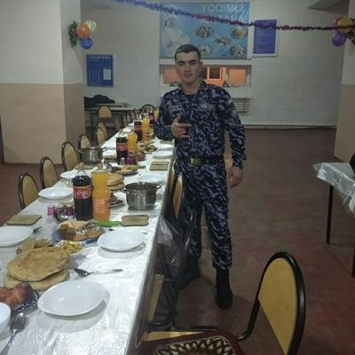 Komil Bahronov