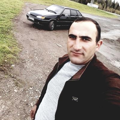 Arkadi, 28, Chekhov