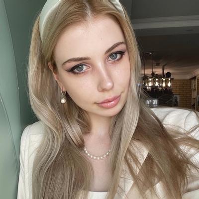 Анна Ауглис