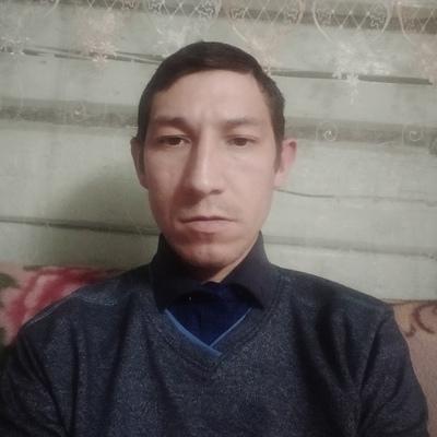 Олег, 31, Morki