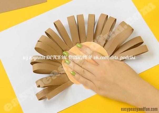 АППЛИКАЦИЯ ЕЖИК можно дополнить листочками и грибочками