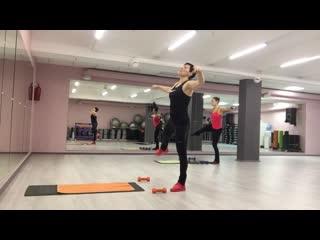 Приседания+ бедро сбоку. Техника выполнения/ Обучение фитнес- тренеров.