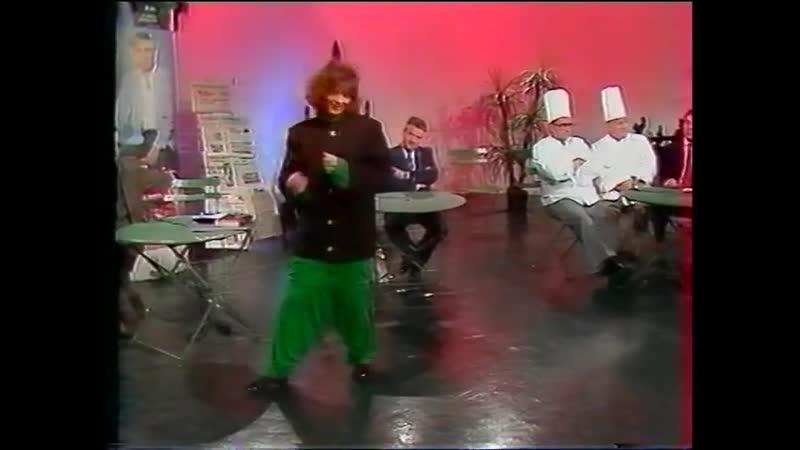 Mylene Farmer On est tous des imbeciles @ Paris Kiosque 25 may 85